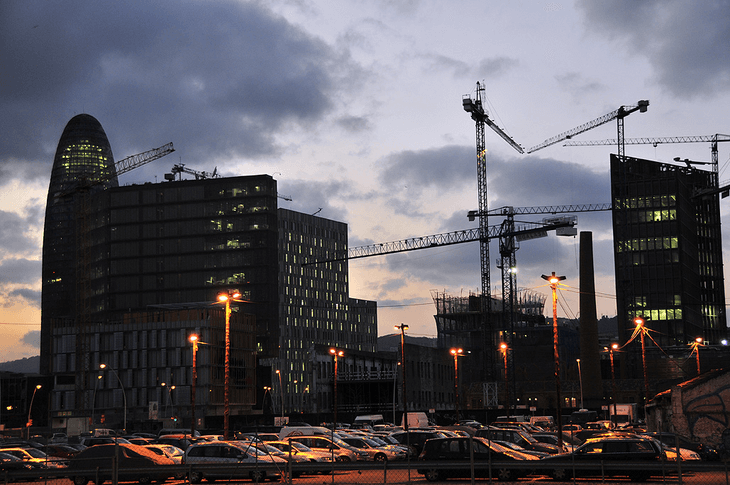 Buildings under construction in the former industrialized area of Poblenou (2008)