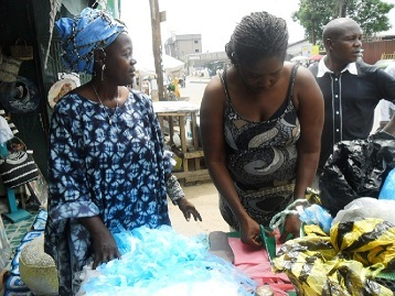 Innovative Service in Difficult Environment for Recycler Artisan, Douala