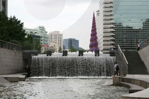 Cheonggyecheon Stream restoration, Seoul